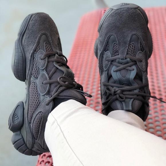 """dc24fc897c9 Adidas Yeezy 500 """"utility black"""". M 5b6752e04773687af47bffb4"""